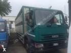 camión para ganado Iveco usado