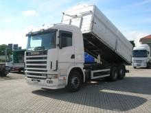 camión volquete para cereal Scania usado