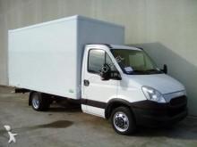 camion Iveco 35C15 L
