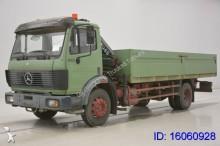 camion Mercedes SK 1422 + CRANE