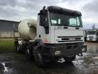 Iveco Eurotrakker Cursor 350 truck