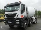 camion Iveco Trakker AD 340 T 36 B
