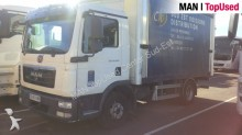 camion cassone centinato MAN usato