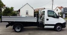 ciężarówka wywrotka trójstronny wyładunek Iveco używana
