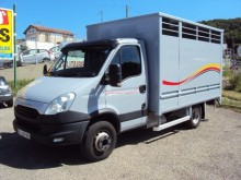camion bétaillère bovins Iveco occasion