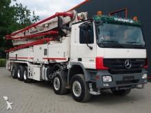 camion pompe à béton Mercedes