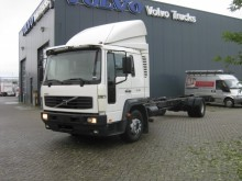camion telaio Volvo usato
