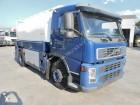 camión Volvo FM 7 260 + TANK 11000 L ADR OIL