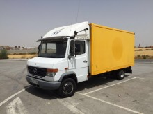 camion isotermico Mercedes usato