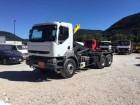 camión Renault Kerax 370.26 (6X4)