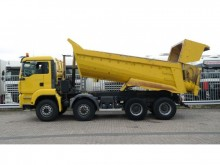 camión MAN TGA 35.400 8X6 TIPPER MANUAL GEARBOX 318000KM