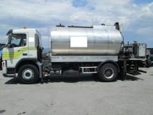 camión cisterna de alquitrán usado