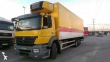 camión Mercedes Axor 2533