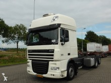 camion DAF XF 105.460 SUPERSPACECAB 6X2