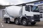 camion cisterna polverulenti Mercedes nuovo