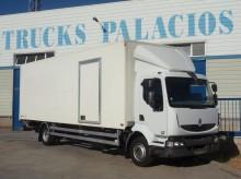 camión Renault Midlum 220.13 DXI