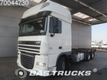 camion portacontainers DAF usato