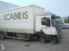 camion furgone Scania incidentato