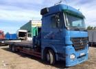 camion piattaforma trasporto bibite Mercedes usato