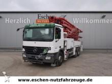 camión bomba de hormigón Mercedes