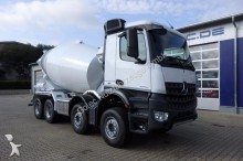 camion béton toupie / Malaxeur Mercedes neuf