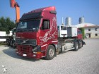 camion portacontainers Volvo usato