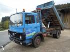 camión volquete trilateral Volvo usado