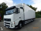 camion fourgon polyfond Volvo occasion