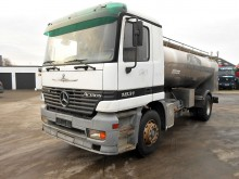 camion citerne alimentaire Mercedes