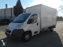 camion fourgon Peugeot occasion