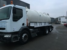 camion cisterna prodotti chimici Renault usato