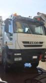 camion calcestruzzo pompa per calcestruzzo Iveco