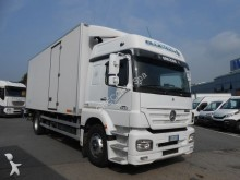 camion Mercedes 18.33