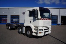 camion MAN TGA 32.410 8X4 MANUAL FULL STEEL