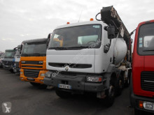 camión Renault Kerax 420