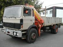 camión caja abierta Berliet usado