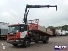 camión Scania P94.220 HIAB 102