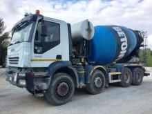 camion Iveco Trakker 410 T 44