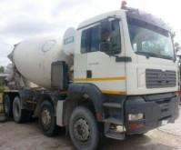 camión hormigón mezclador + bomba MAN usado