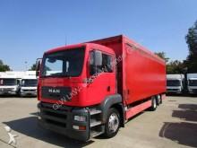 camión caja abierta transporte de bebidas usado