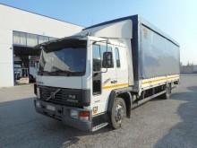 camion Volvo FL614 4X2 C.LUNGA