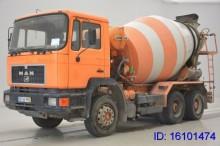 camion MAN 25.272 - 6x4