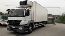 camión frigorífico para carnes Mercedes usado