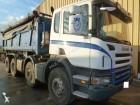 camión volquete bilateral Scania usado