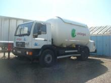 camión cisterna de gas MAN usado