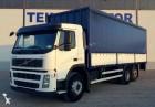 camion plateau ridelles bâché Volvo occasion