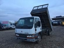 camion ribaltabile trilaterale Mitsubishi