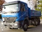 camion ribaltabile Mercedes usato