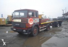 otros camiones Unic usado