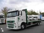camión caja abierta transporta paja Volvo usado